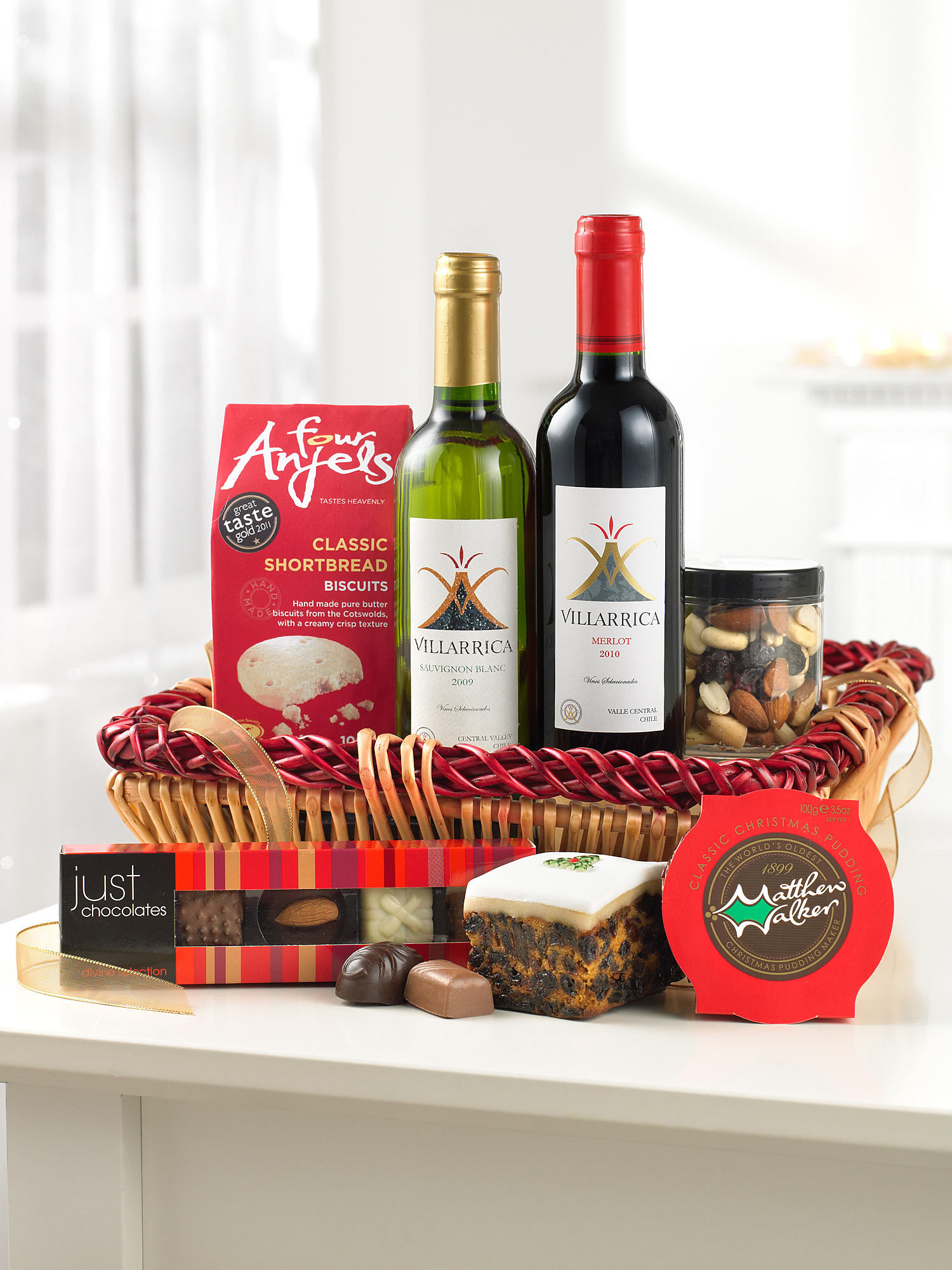 Review: Delicious Interflora Christmas Hampers