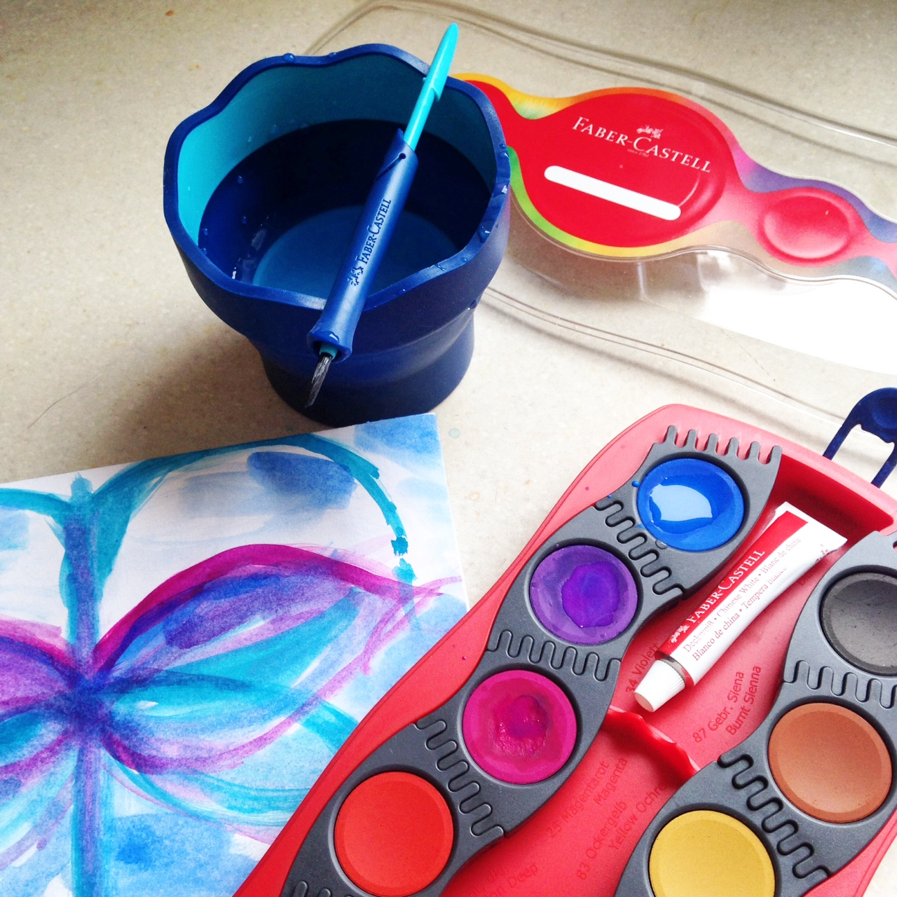 A lovely practical paint box for children
