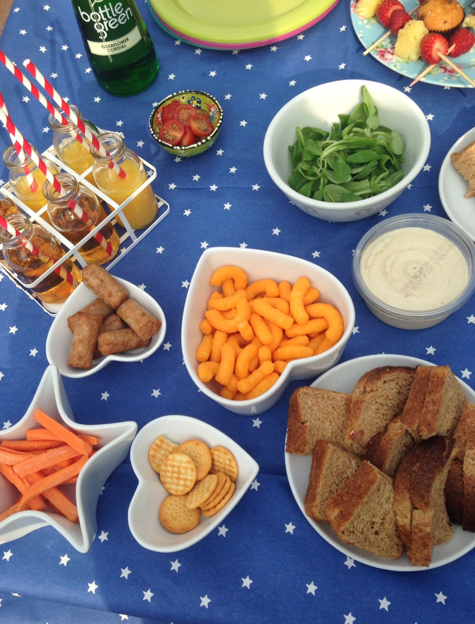 A fun idea for a teddy bears picnic (and a free download)
