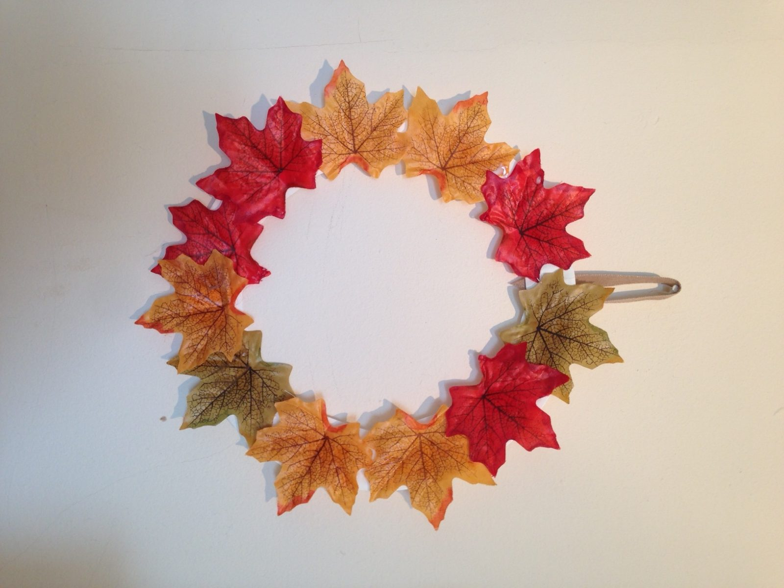 5 Quick and Easy Autumn Crafts #Bostikbloggers