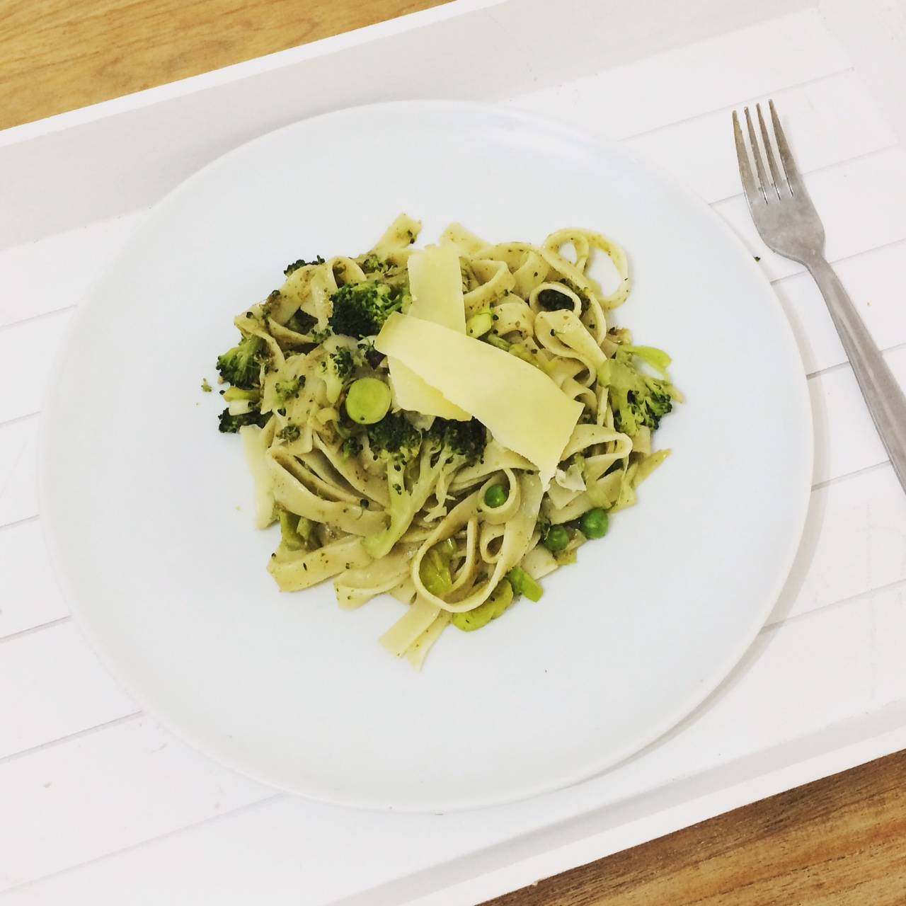 Tagliatelle pesto with leeks, peas and brocolli  #RennieHappyEating