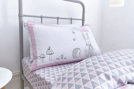 Win a pink Nordic duvet set from Room to Grow