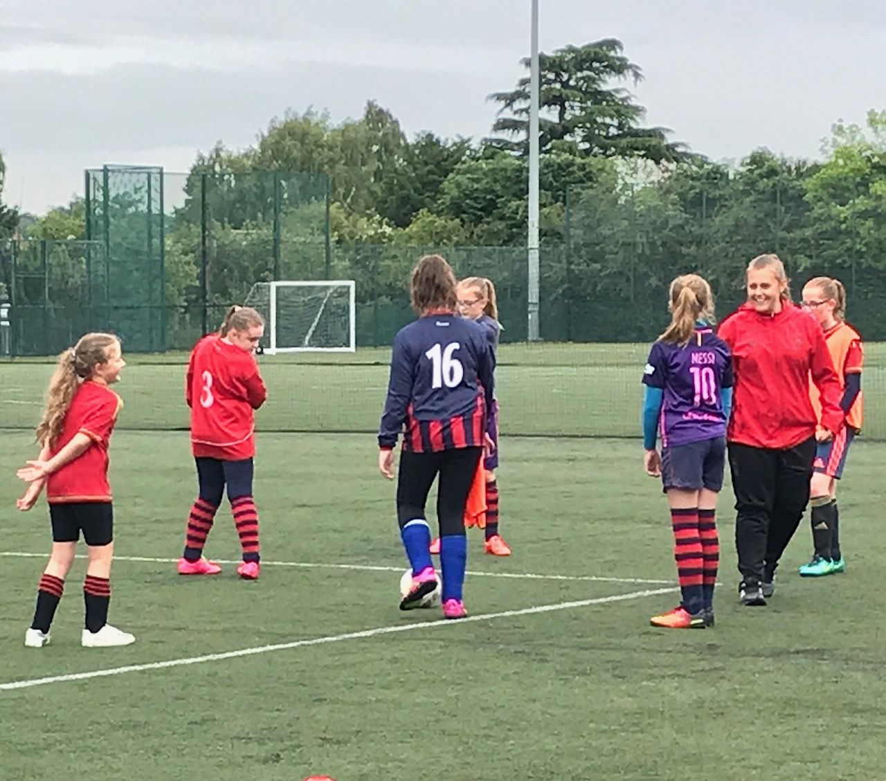 Getting Girls into Football with SSE Wildcats sessions #SSEWildcats
