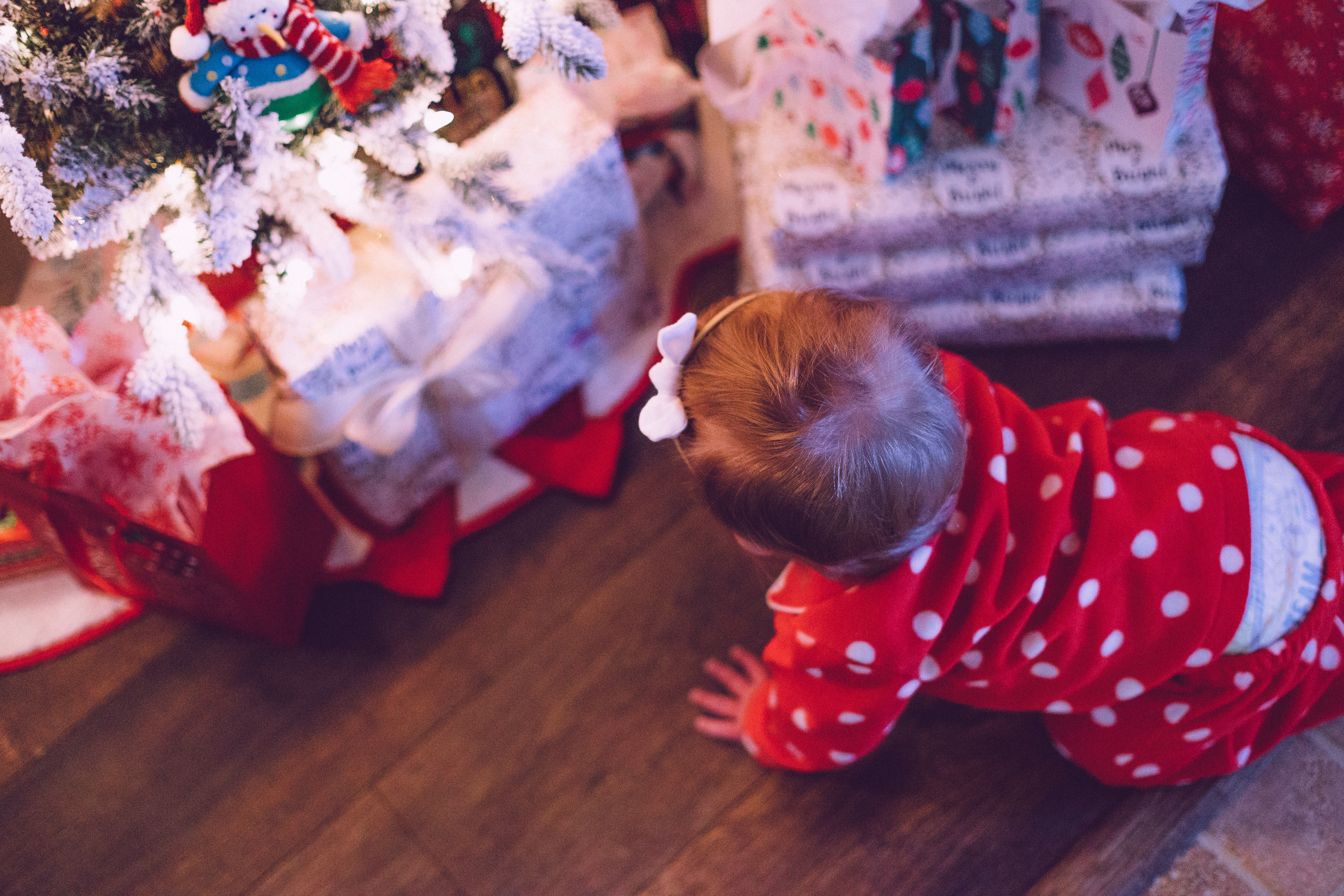 A Christmas Gift Guide for New Parents #giftguide #newbaby #christmasgiftguide