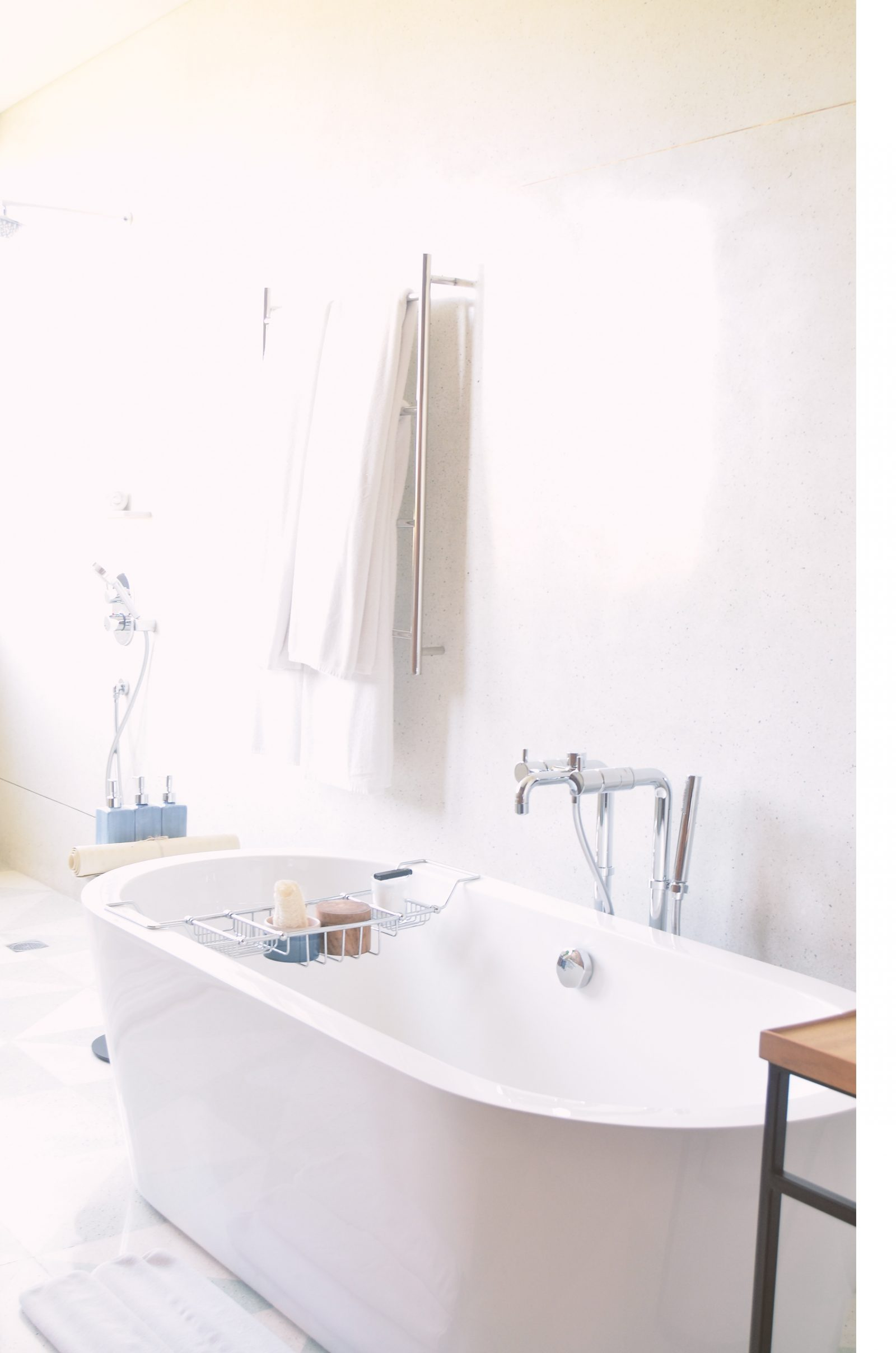 3 easy ways families can save money with an eco friendly bathroom.