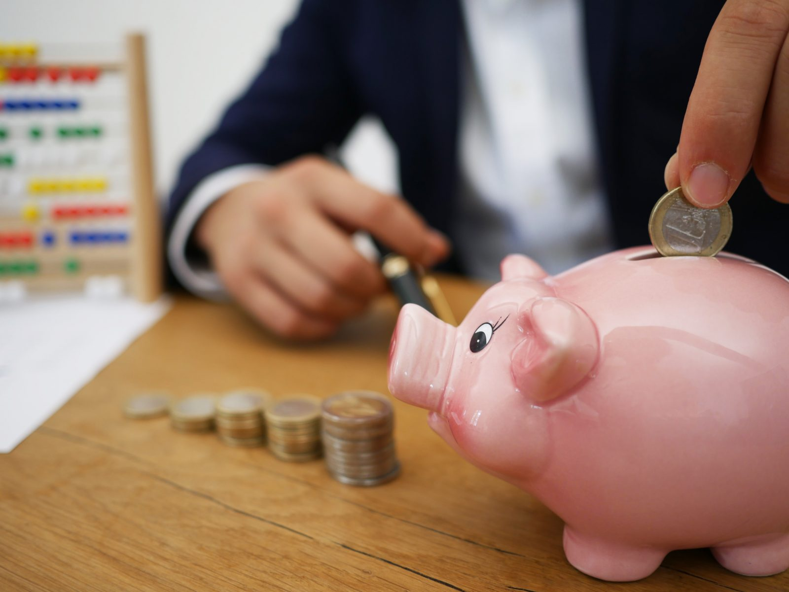 Struggling Financially?  Ways to Help You Get Back on Your Feet
