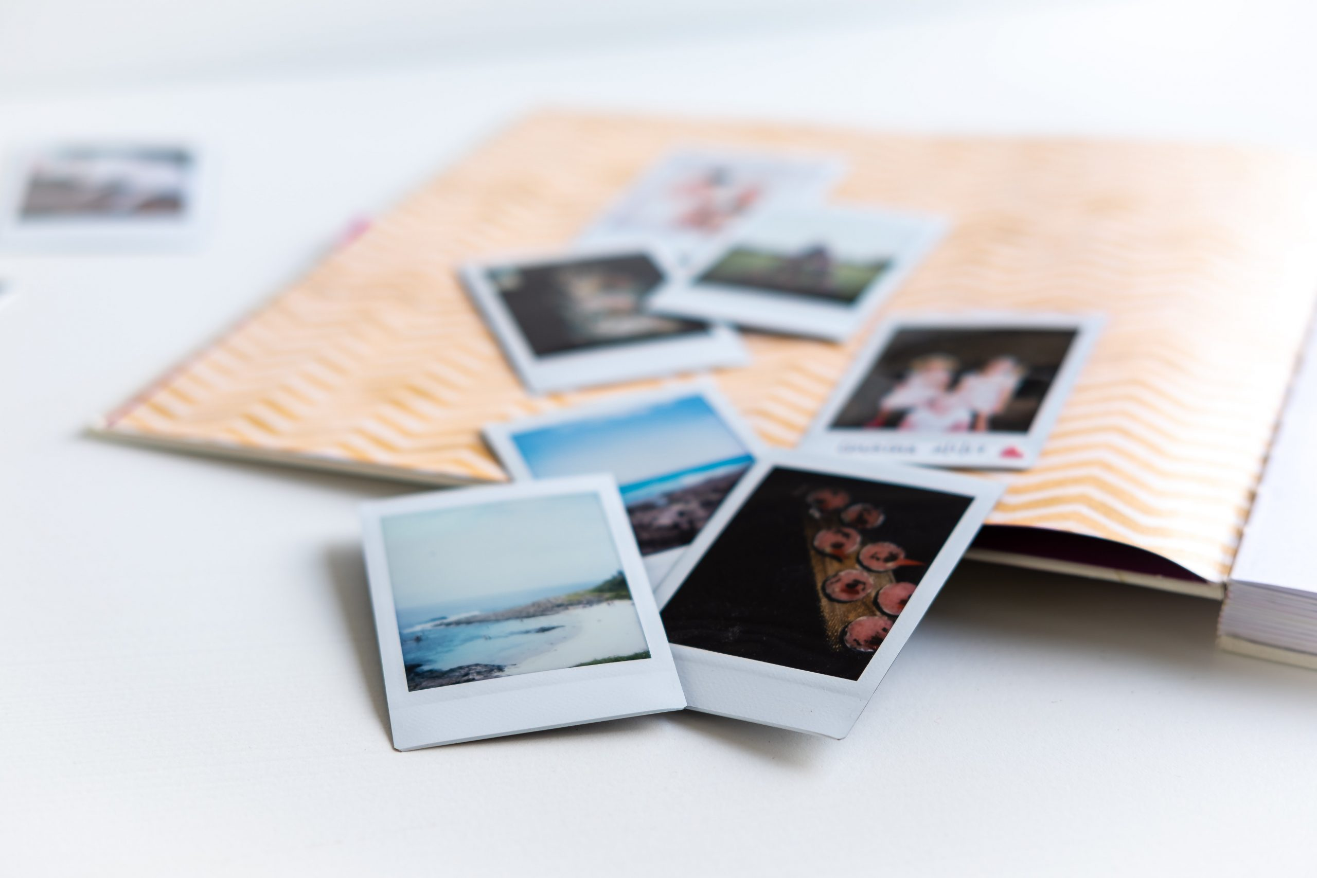 Easy Scrapbook Ideas on a Budget